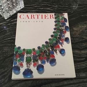 CARTIER - 1900 - 1939 coffee table book soft cover